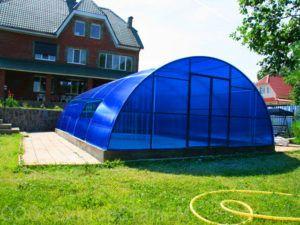 Робимо басейн в теплиці з полікарбонату своїми руками: особливості побудови та експлуатації навісу