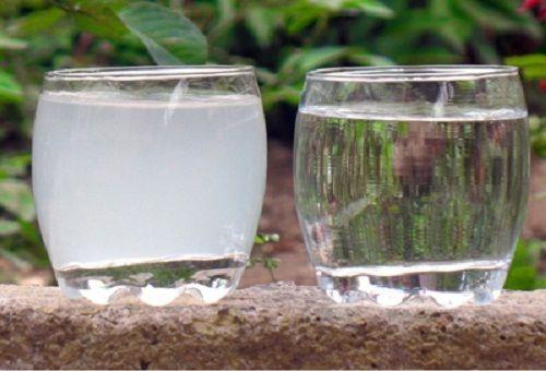 розчин в склянках
