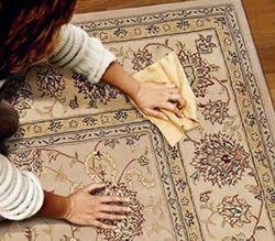 Як і чим почистити килим в домашніх умовах, засоби для чищення.