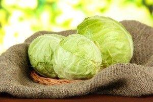 Як зберегти капусту на зиму в домашніх умовах в квартирі, використовуючи балкон або холодильник?