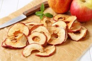 Як сушити яблука в домашніх умовах на балконі і горищі?