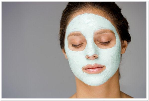 Омолоджуюча маска для обличчя
