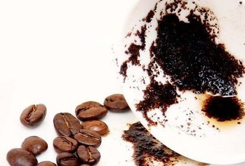 макуха кави на тарілці