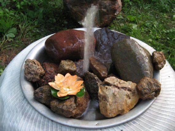 міні-водойму з фонтаном в саду своїми руками