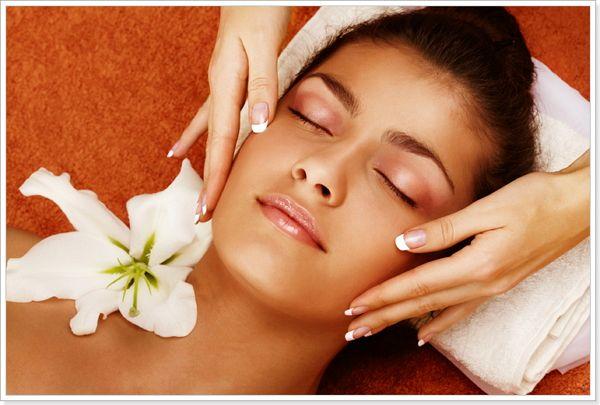 Омолоджуючий іспанський масаж обличчя