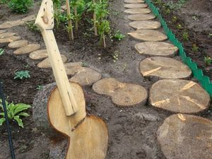 Доріжки з дерев`яних спилов