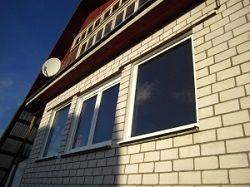 Чи варто брати дешеві готові пластикові вікна для дачі, вартість.